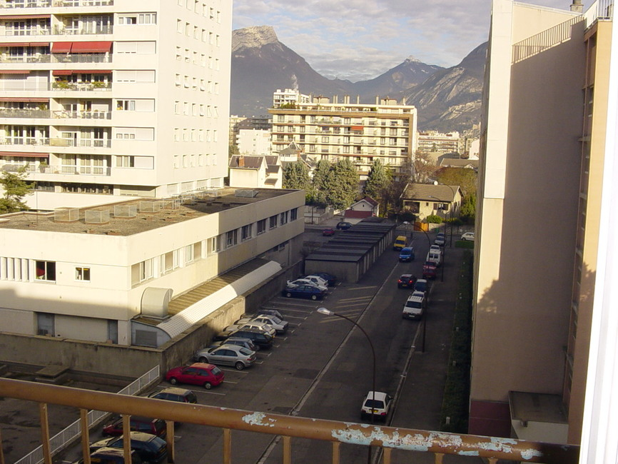 Location Garage 15m² Grenoble (38100) - photo