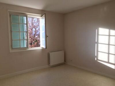 Location Maison 6 pièces 146m² Sury-le-Comtal (42450) - Photo 8