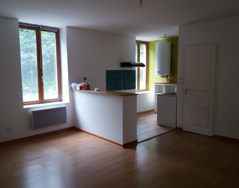 Location Appartement 83m² Charlieu (42190) - photo