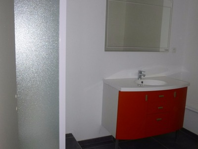 Location Appartement 5 pièces 155m² Saint-Étienne (42000) - Photo 9