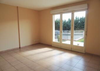 Renting Apartment 2 rooms 44m² Samatan (32130) - Photo 1