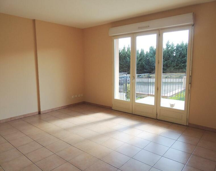 Renting Apartment 2 rooms 44m² Samatan (32130) - photo