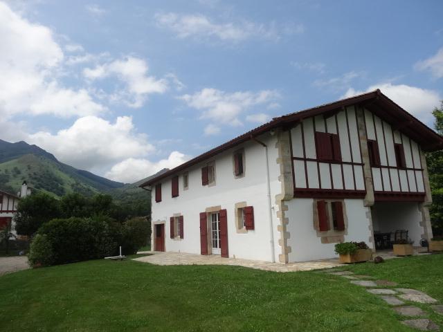 Location Maison 6 pièces 250m² Sare (64310) - photo