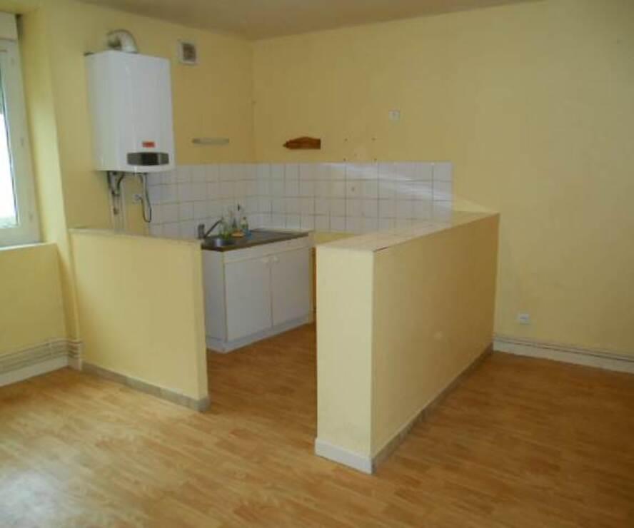 Location Appartement 2 pièces 52m² Amplepuis (69550) - photo