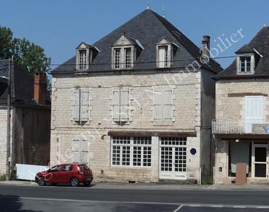 Vente Immeuble 19 pièces 317m² Cressensac (46600) - photo