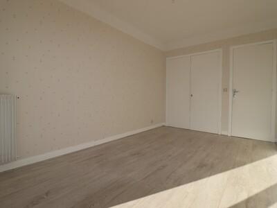 Location Appartement 3 pièces 76m² Pau (64000) - Photo 12