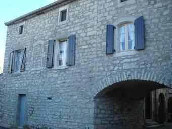Sale House 5 rooms 77m² Berrias-et-Casteljau (07460) - photo