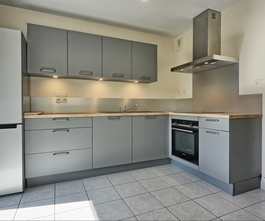 Sale Apartment 3 rooms 64m² Saint-Pierre-en-Faucigny (74800) - photo