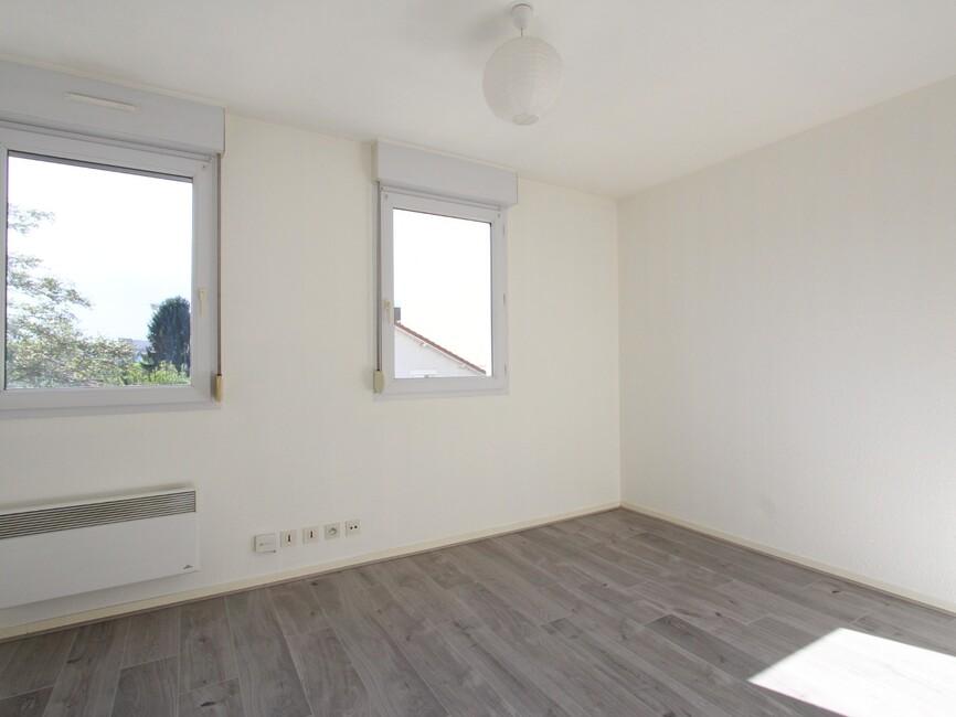 vente appartement 1 pi ce grenoble 38100 413528. Black Bedroom Furniture Sets. Home Design Ideas