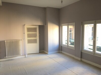 Location Appartement 2 pièces 70m² Saint-Étienne (42000) - Photo 7