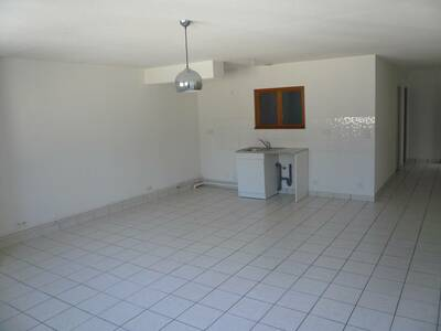 Location Appartement 71m² Billom (63160) - Photo 1