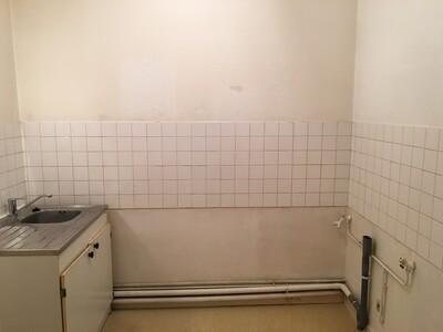 Location Appartement 1 pièce 36m² Saint-Étienne (42000) - Photo 9