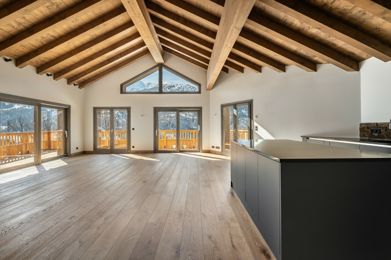 HIGH STANDING APARTMENT SKI-IN | SKI-OUT Chalet in Meribel