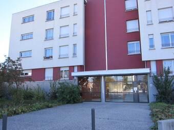 Location Appartement 2 pièces 50m² Saint-Martin-d'Hères (38400) - photo