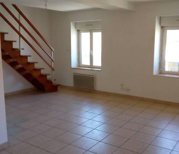 Location Appartement 3 pièces 59m² Les Abrets en Dauphiné (38490) - photo