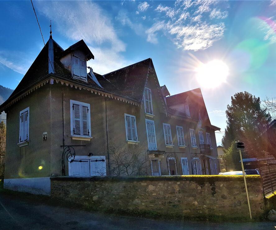 Vente Maison 8 pièces 500m² Vaulnaveys-le-Bas (38410) - photo