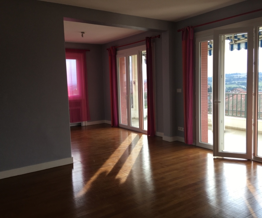 Vente Appartement 5 pièces 98m² Bourg-de-Thizy (69240) - photo