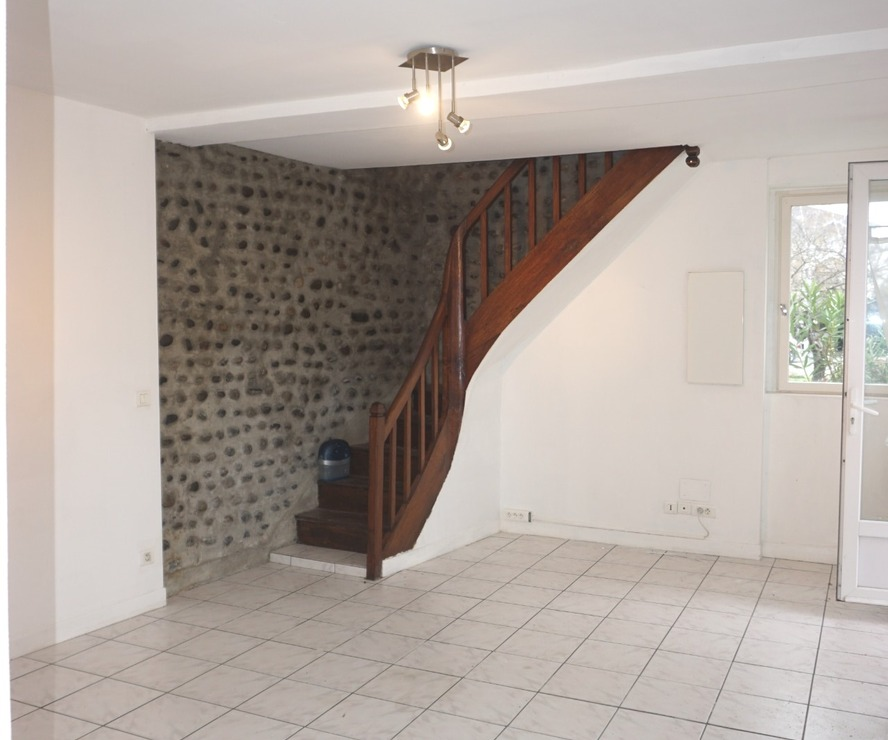 Renting Apartment 3 rooms 60m² Bizanos (64320) - photo