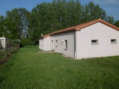 Location Maison 5 pièces Billom (63160) - Photo 2