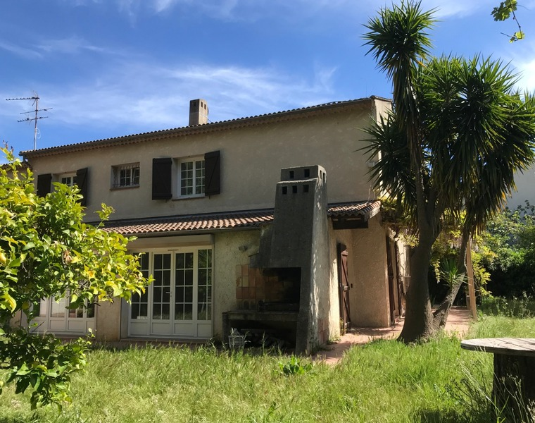 Vente Maison 7 pièces 185m² 83400 hyeres - photo
