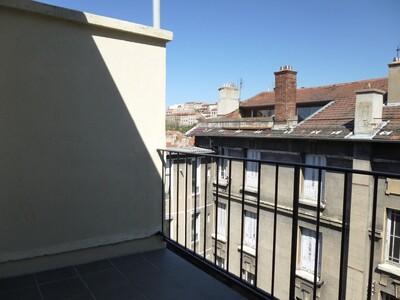 Location Appartement 2 pièces 59m² Saint-Étienne (42000) - Photo 2