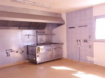 Vente Maison 15 pièces 440m² Saint-Dier-d'Auvergne (63520) - Photo 5