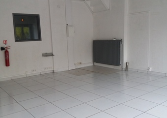 Location Local commercial 3 pièces 50m² Douai (59500) - photo