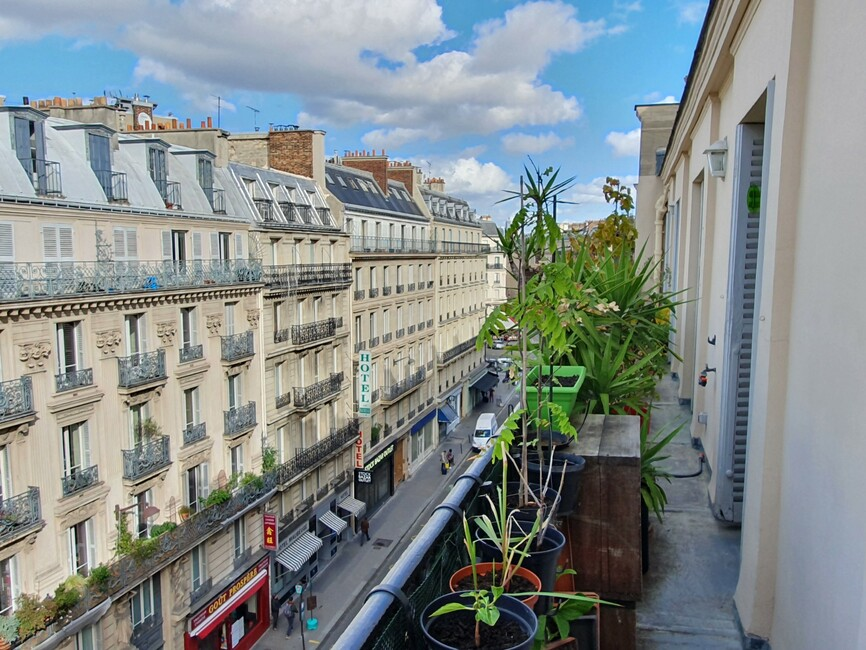 Sale Apartment 4 rooms 104m² Paris 10 (75010) - photo