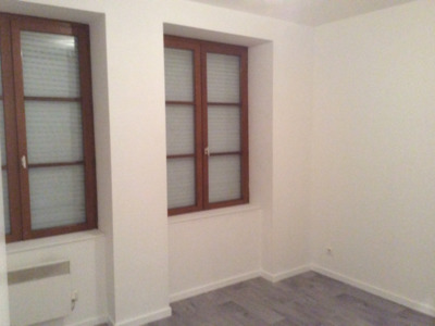 Location Appartement 2 pièces 49m² Saint-Étienne (42000) - Photo 5
