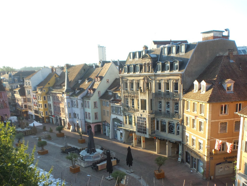 Vente appartement 4 pi ces mulhouse 68100 231452 for Appartement atypique mulhouse