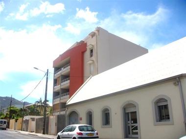 Location Appartement 2 pièces 50m² Saint-Denis (97400) - photo
