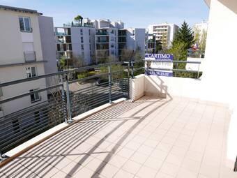 Location Appartement 3 pièces 78m² Tassin-la-Demi-Lune (69160) - photo