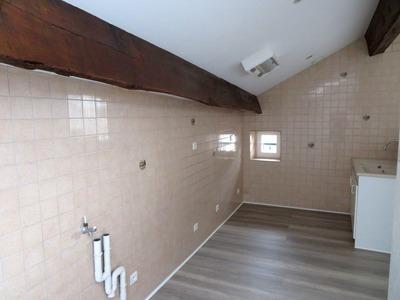 Location Appartement 48m² Billom (63160) - Photo 3