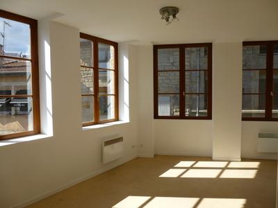 Location Appartement 2 pièces 36m² Saint-Étienne (42000) - Photo 1