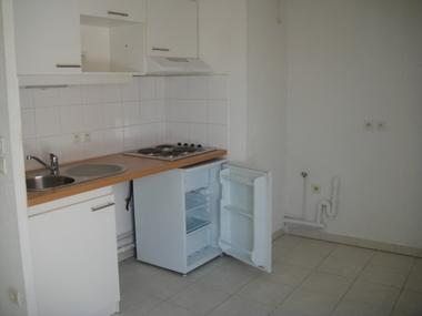 Location Appartement 3 pièces 57m² Bailleul (59270) - photo