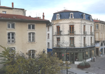 Location Appartement 5 pièces 97m² Romans-sur-Isère (26100) - Photo 1