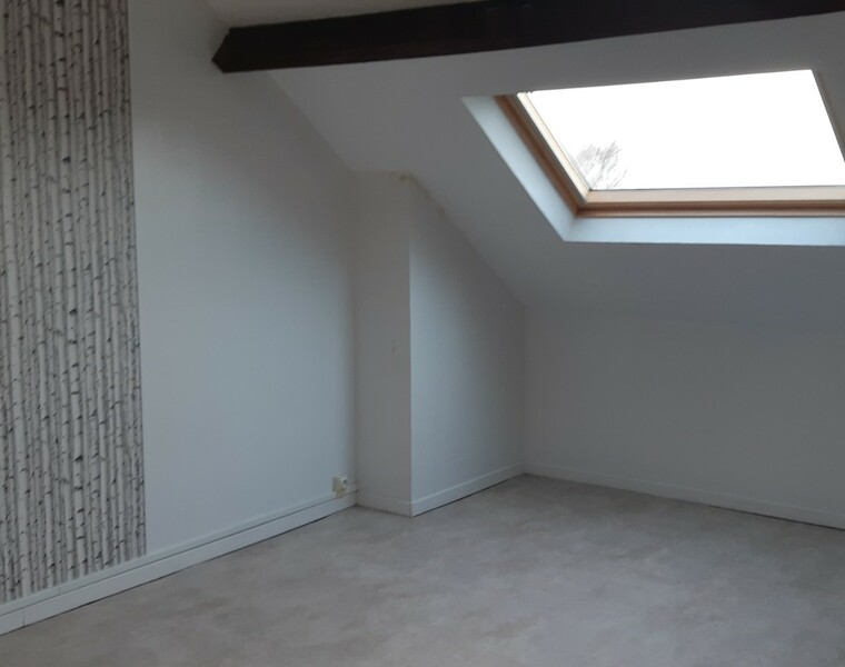 Location Appartement 3 pièces 76m² Chauny (02300) - photo