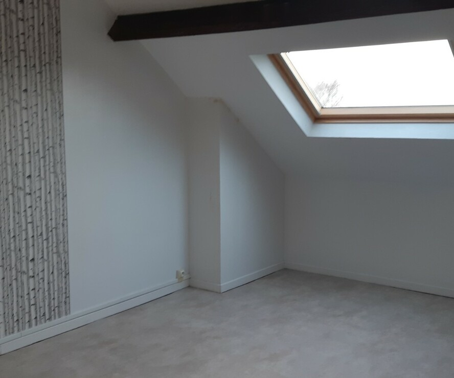 Location Appartement 3 pièces 76m² Chauny (02300) - photo