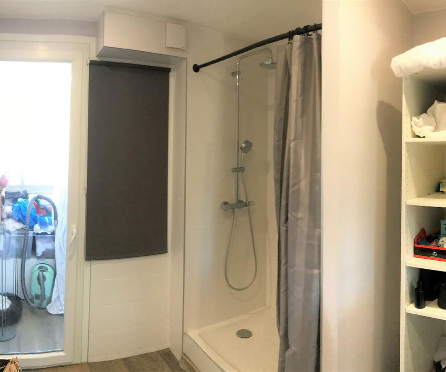 vente appartement 4 pi ces grenoble 38000 392313. Black Bedroom Furniture Sets. Home Design Ideas