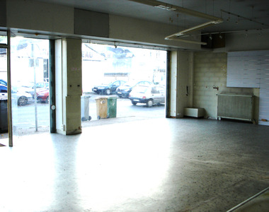 Location Local commercial 331m² Orléans (45000) - photo