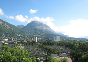 Vente Appartement 5 pièces 12 495m² Grenoble (38000) - Photo 1