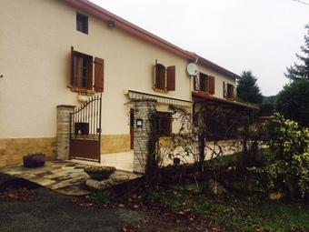 Vente Maison 6 pièces 170m² Saint-Bonnet-le-Troncy (69870) - photo 2