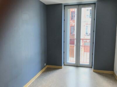 Location Appartement 4 pièces 84m² Saint-Étienne (42000) - Photo 3