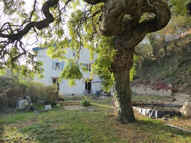 Vente Maison 7 pièces 158m² Vaux-en-Beaujolais (69460) - photo