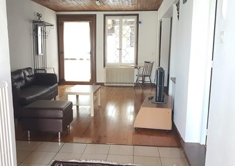 Location Appartement 2 pièces 56m² Collonges (01550) - photo