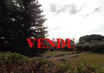 Sale Land 822m² Lauris (84360) - Photo 1