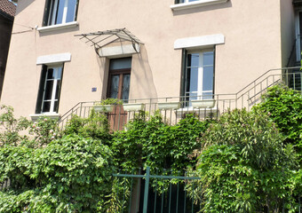 Sale House 10 rooms 294m² Grenoble (38100) - Photo 1