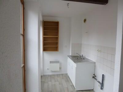 Location Appartement 2 pièces 39m² Saint-Étienne (42000) - Photo 2