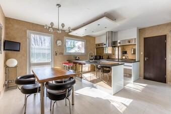 Vente Maison 11 pièces 410m² Voiron (38500) - Photo 1