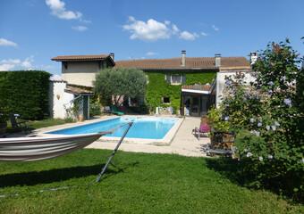 Vente Maison 8 pièces 236m² Lapeyrouse-Mornay (26210) - Photo 1
